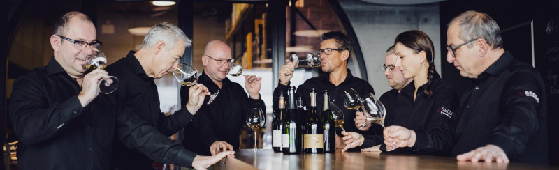 SECLI Weinwelt Team